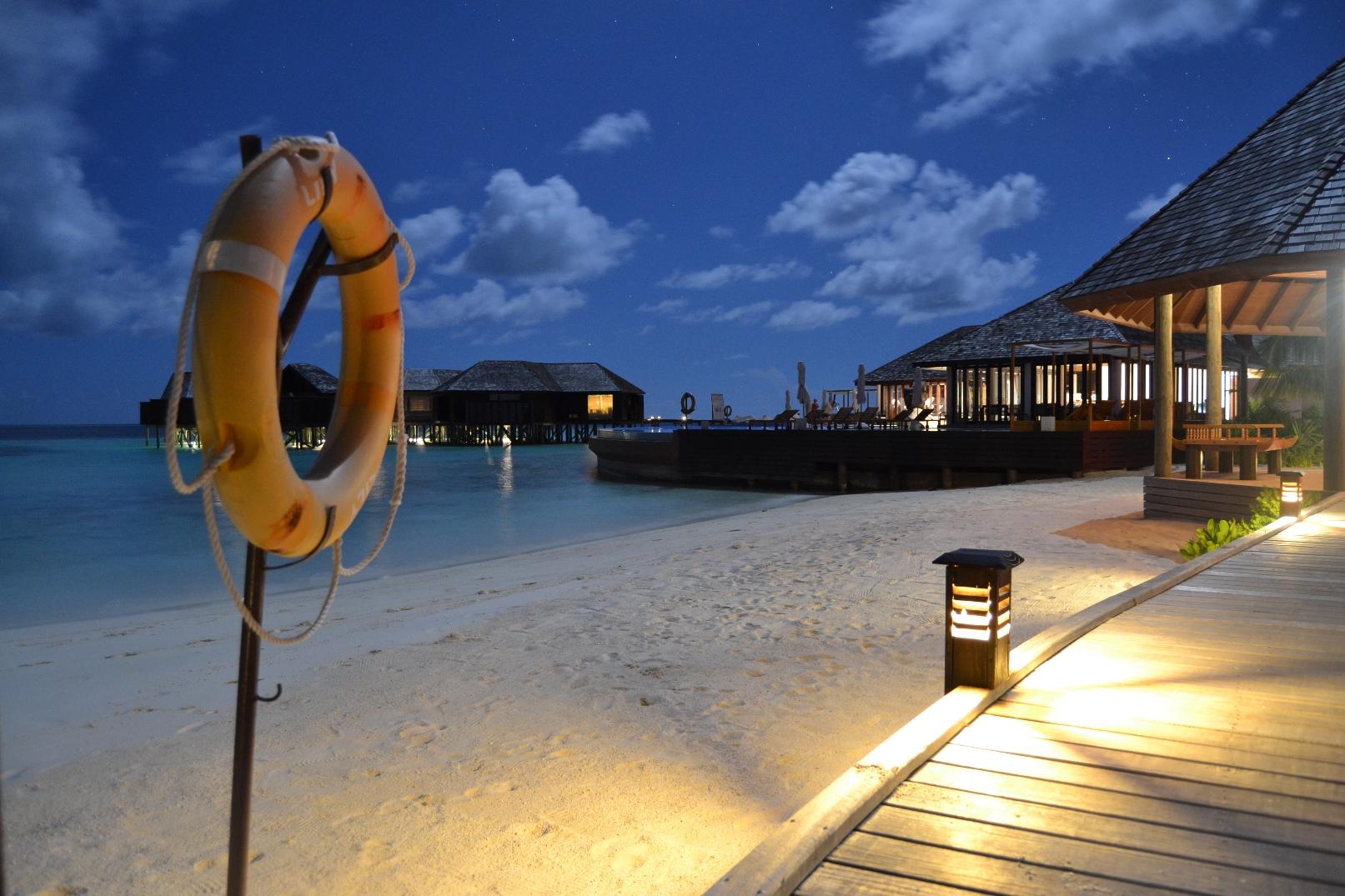 Lily_Beach_Maldivas